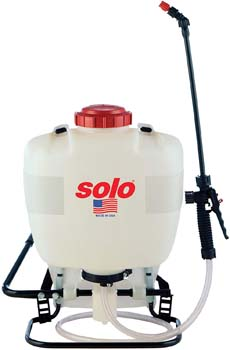 2. Solo 425 4-Gallon Professional Piston Backpack Sprayer, Wide Pressure Range up to 90 psi