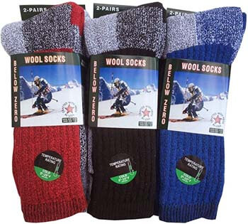6. THERMAL Men's Socks Assorted